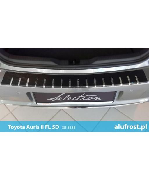Rear bumper protector + carbon foil TOYOTA AURIS II FL 5D