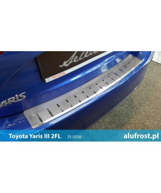 Rear bumper protector TOYOTA YARIS III 2FL 5D