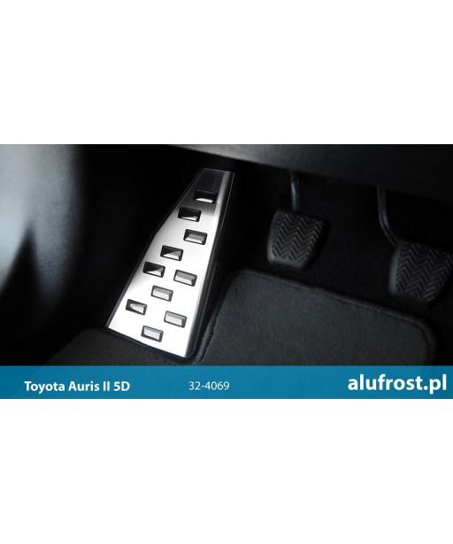Left foot rest plate TOYOTA AURIS II 5D