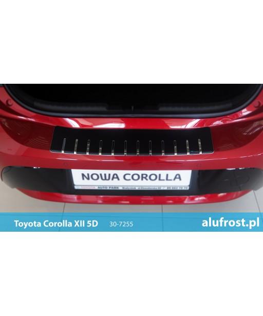 Rear bumper protector + carbon foil TOYOTA COROLLA XII 5D